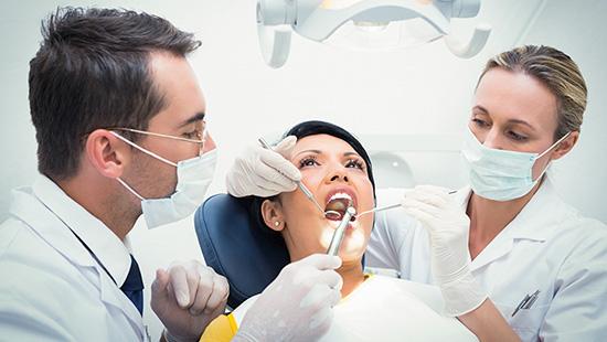 Odontoterapie restauratorie - tratamentul cariilor dentare